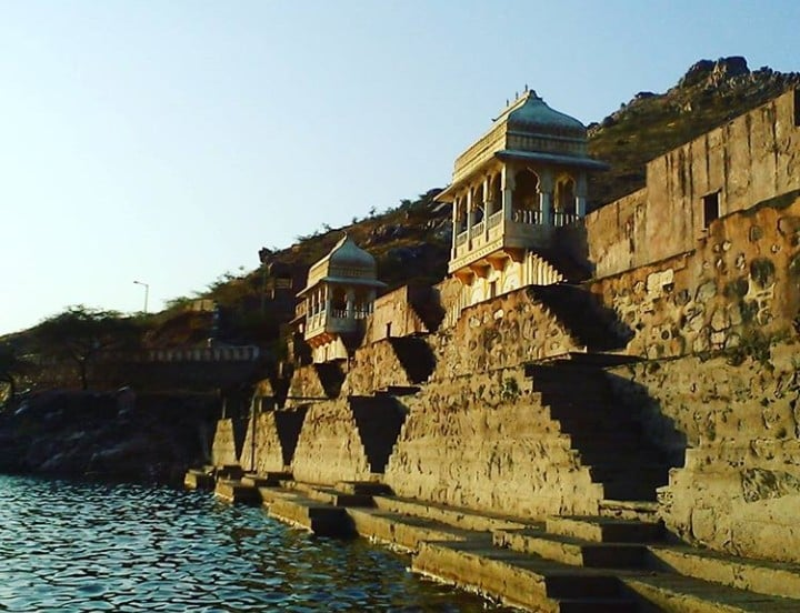 4 completely uncommon places to explore in Udaipur