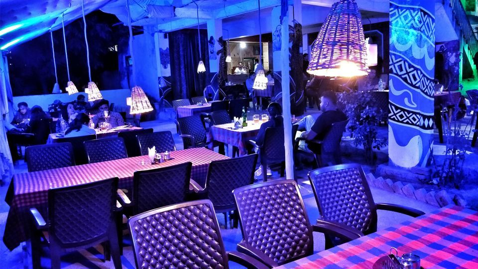 manali best cafes and restaurants nightlife