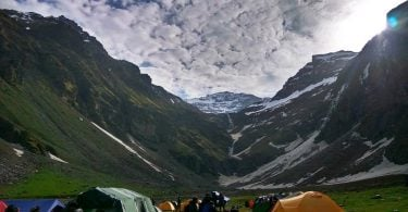 reasons trek rupin pass