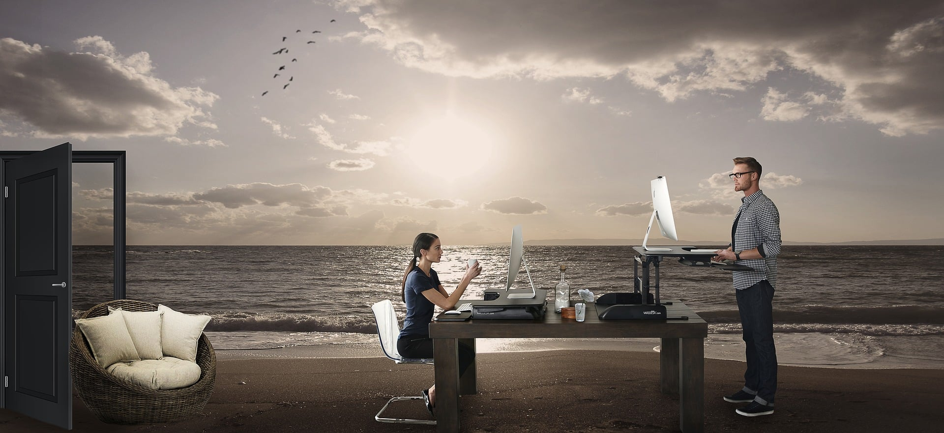 Enjoy the work while taking a sun bathe at beach instead at your boring home desk.