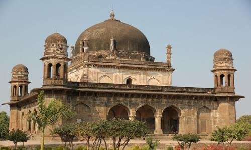 Bahram Shah Tomb