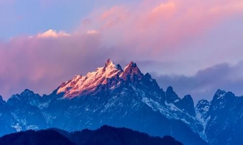 Kanchenjunga mountain view