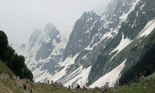 Thajiwas glacier 1