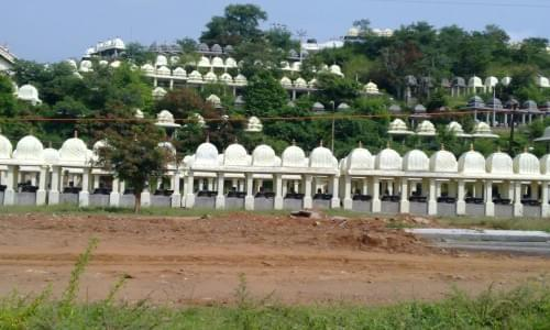 Lingams Temple