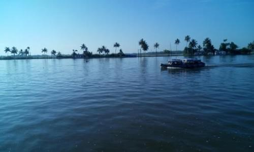 Kayamkulam Lake