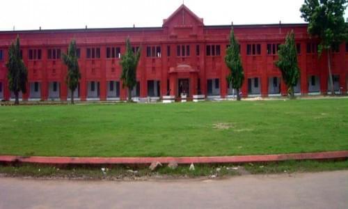 Raveshaw University