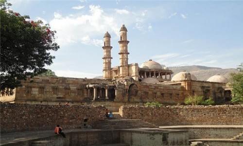 Khapra Zaveri Palace