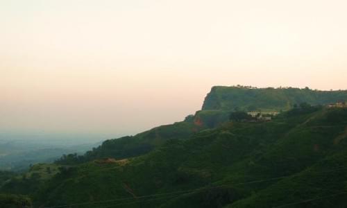 Mandhana Cliff