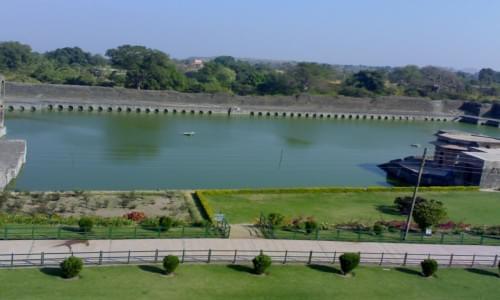 Shri Mandavgarh Teerth