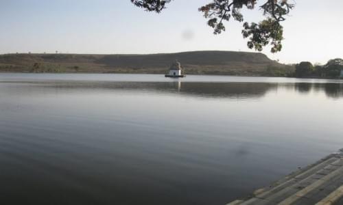 Dharam Sagar Lake