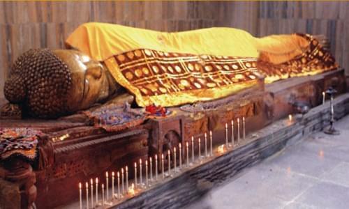 Reclining Statue of Buddha