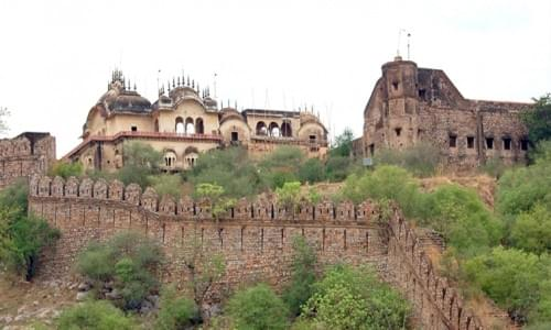 Alwar Fort