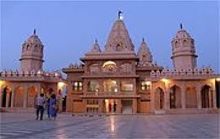 Justwravel_Agroha_1464706487_0agroha_temple.jpg