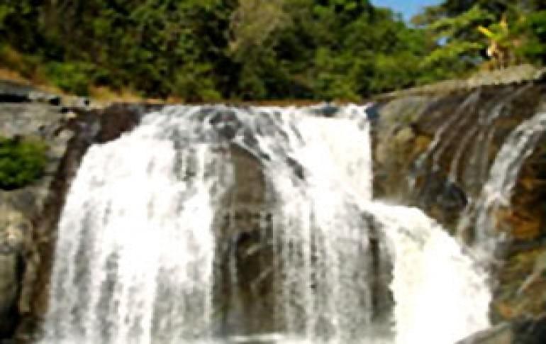 Justwravel_Gokarna_1484128723_1lalguli_falls.jpg