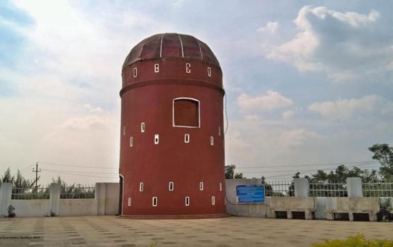 Justwravel_Pakur_1484117837_0martello_tower.jpg