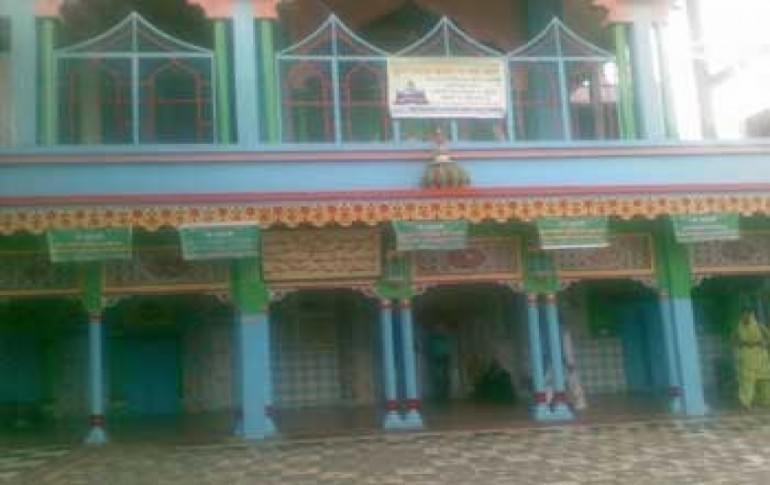 Justwravel_Pilibhit_1465537627_0Shahji_Miyan_Dargah.jpg