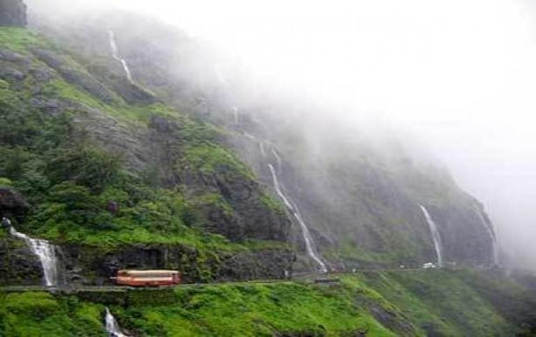 Justwravel_Pune_1483862140_1malshej_ghats.jpg