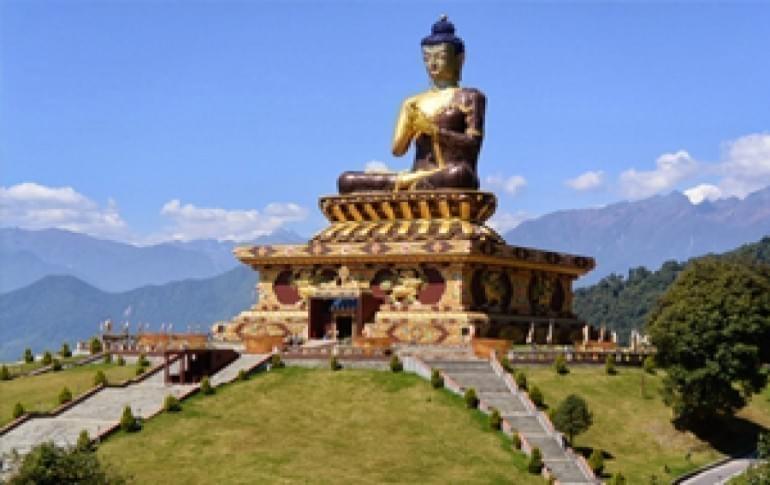 Justwravel_Ravangla_1469770359_0buddha_park.jpg