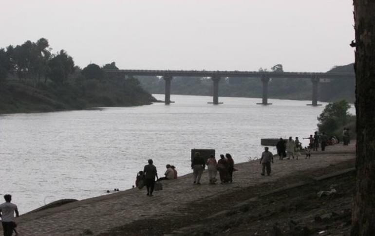 Justwravel_Sangli_1483862479_1krishna-river.jpg