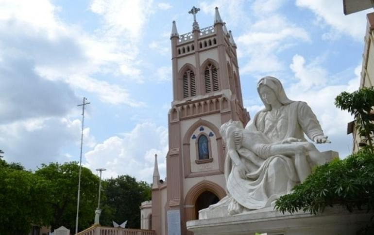Justwravel_Secunderabad_1484034976_1st_marys_church..jpg