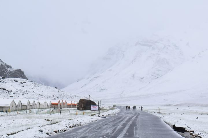 Bike_Road_Trip_to_Leh_to_Sarchu_with_JustWravel_(3)-1-JustWravel.JPG