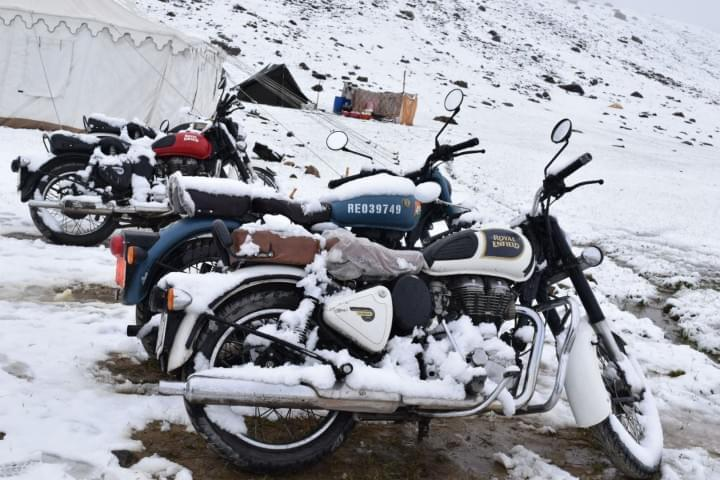 Bike_Road_Trip_to_Leh_to_Sarchu_with_JustWravel_(6)-0-JustWravel.JPG