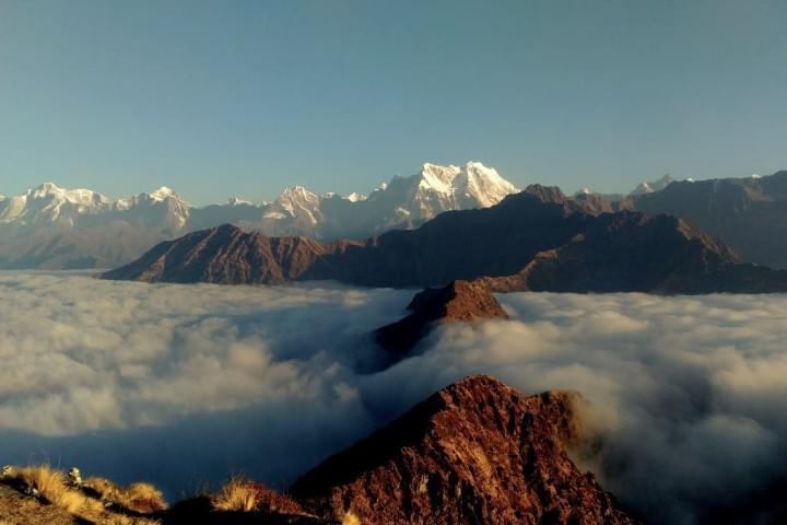 Morning view from Chandrashila Peak