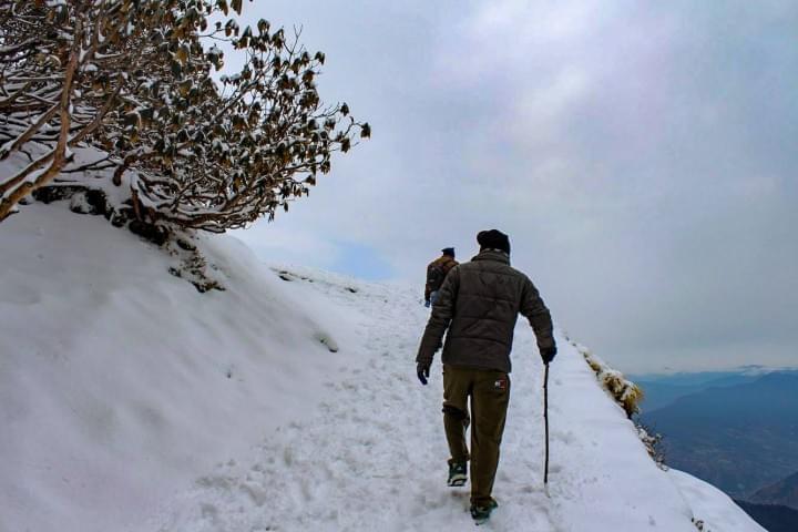To Chandrashila Peak