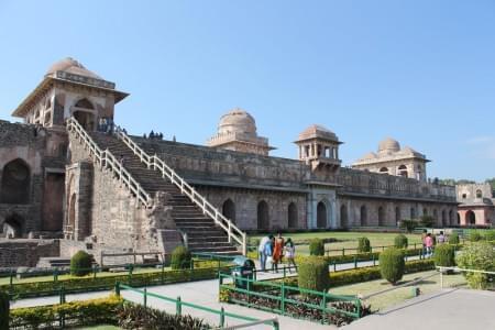 5-Night-6-Days-Indore-Omkareshwar-Maheshwar-and-Mandu-Tour-Package-JustWravel-1597394686.jpg - JustWravel
