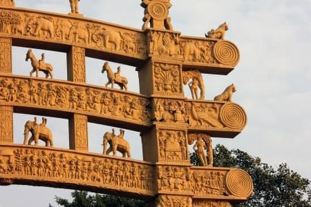 7-Night-8-Days-Bhopal-Tour-Package-with-Panchmarhi,-Bhimbetka-and-Sanchi-Stupa-JustWravel-1597394604.jpg - JustWravel