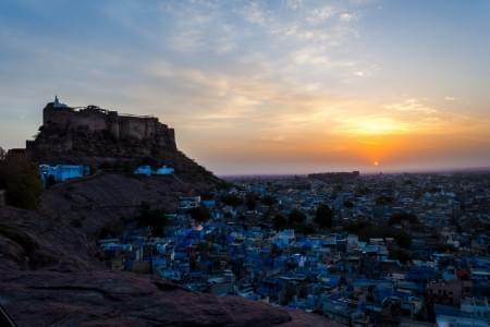 A-Remarkable-Tour-Package-of-Blue-City-&-City-of-Lakes---Udaipur-&-Jodhpur-JustWravel-1597390828.jpg - JustWravel
