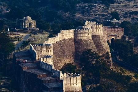 Admirable-Kumbhalgarh-and-Udaipur-Tour-Package-JustWravel-1597390712.jpg - JustWravel