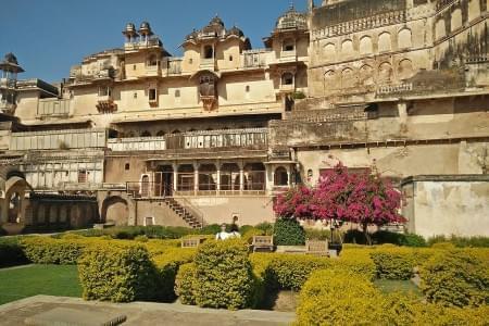 Enigmatic-Bundi-with-Jaipur-&-Udaipur-Tour-Package-JustWravel-1597390860.jpg - JustWravel