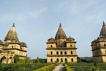 Madhya-Pradesh-Backpacking-Trip-to-Orchha-Panna-Khajuraho-JustWravel-1597384437.jpeg - JustWravel