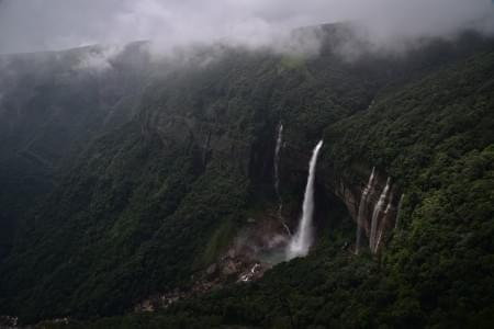 Backpackers trip to Meghalaya - Justwravel Packages