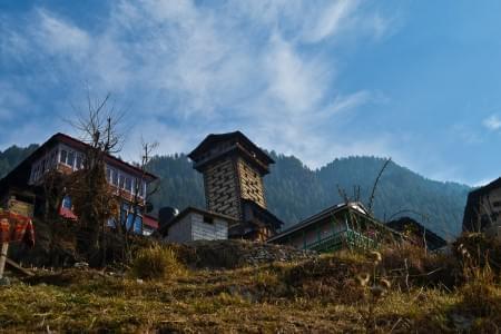Road_Trip_to_Jibhi_-_JustWravel.jpg - Justwravel