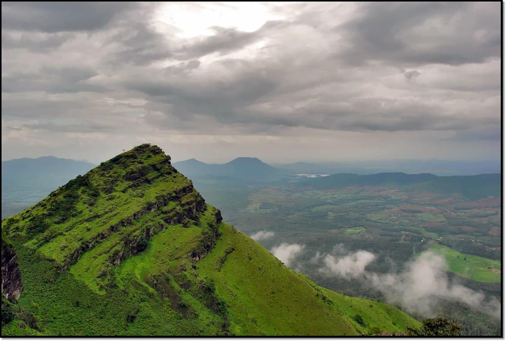 2-Nights-3-Days-Chikmagalur-Tour-Package-JustWravel-1597395221-1.jpg