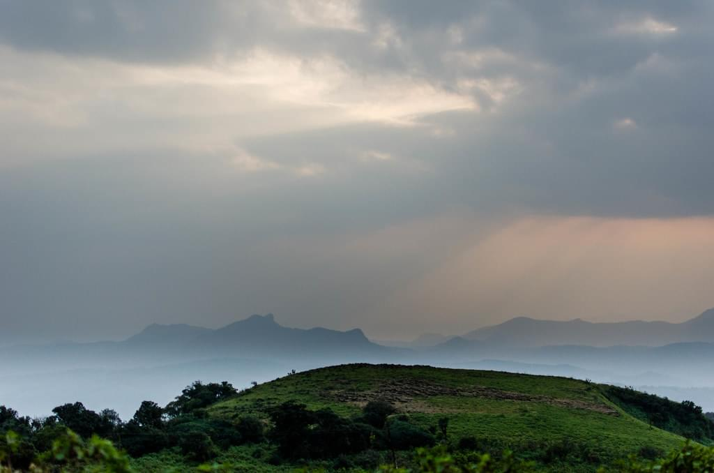 4-Night-5-Days-Chikmagalur-Tour-Package-with-Hampi-JustWravel-1597395317-1.jpg
