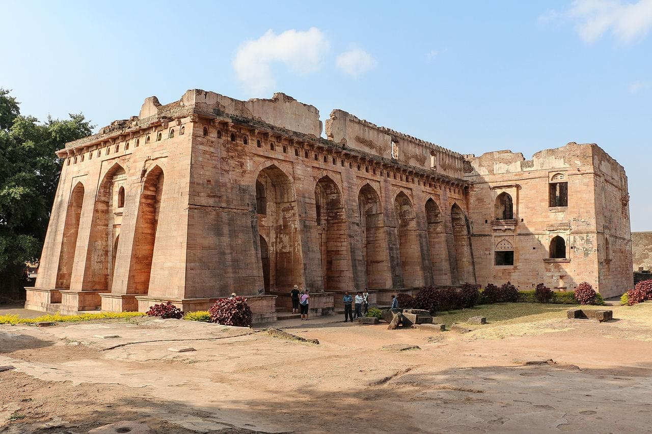 4-Night-5-Days-Indore-and-Mandu-Tour-Package-JustWravel-1597394710-4.jpg