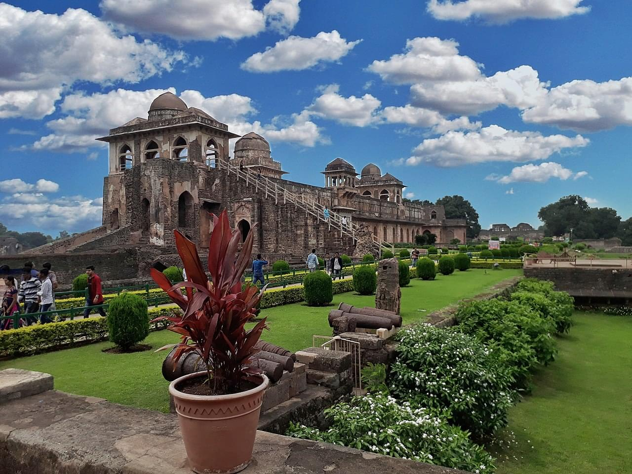 4-Night-5-Days-Indore-and-Mandu-Tour-Package-JustWravel-1597394710-5.jpg