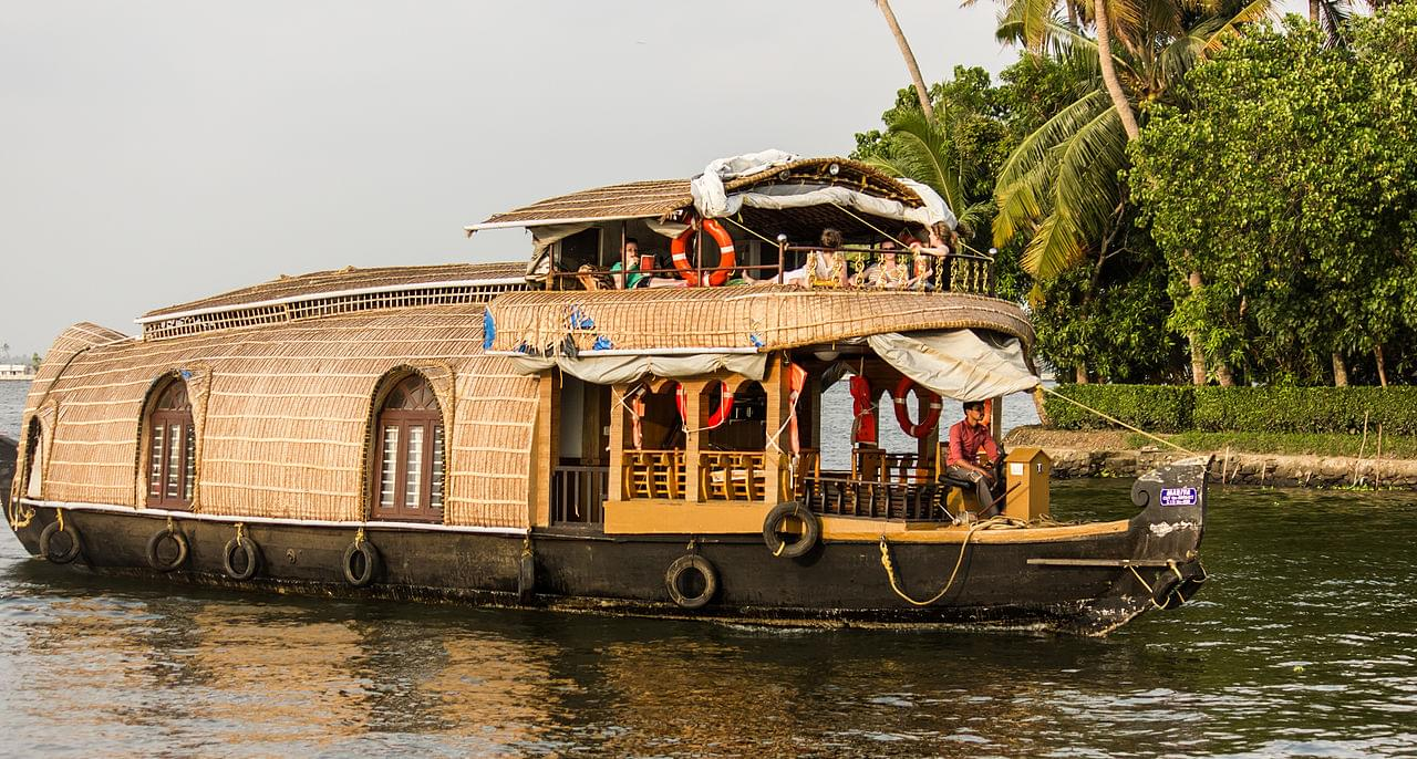 6-Night-7-Days-Tour-package-of-Kerala-with-Vagamon-JustWravel-1597392389-5.jpg