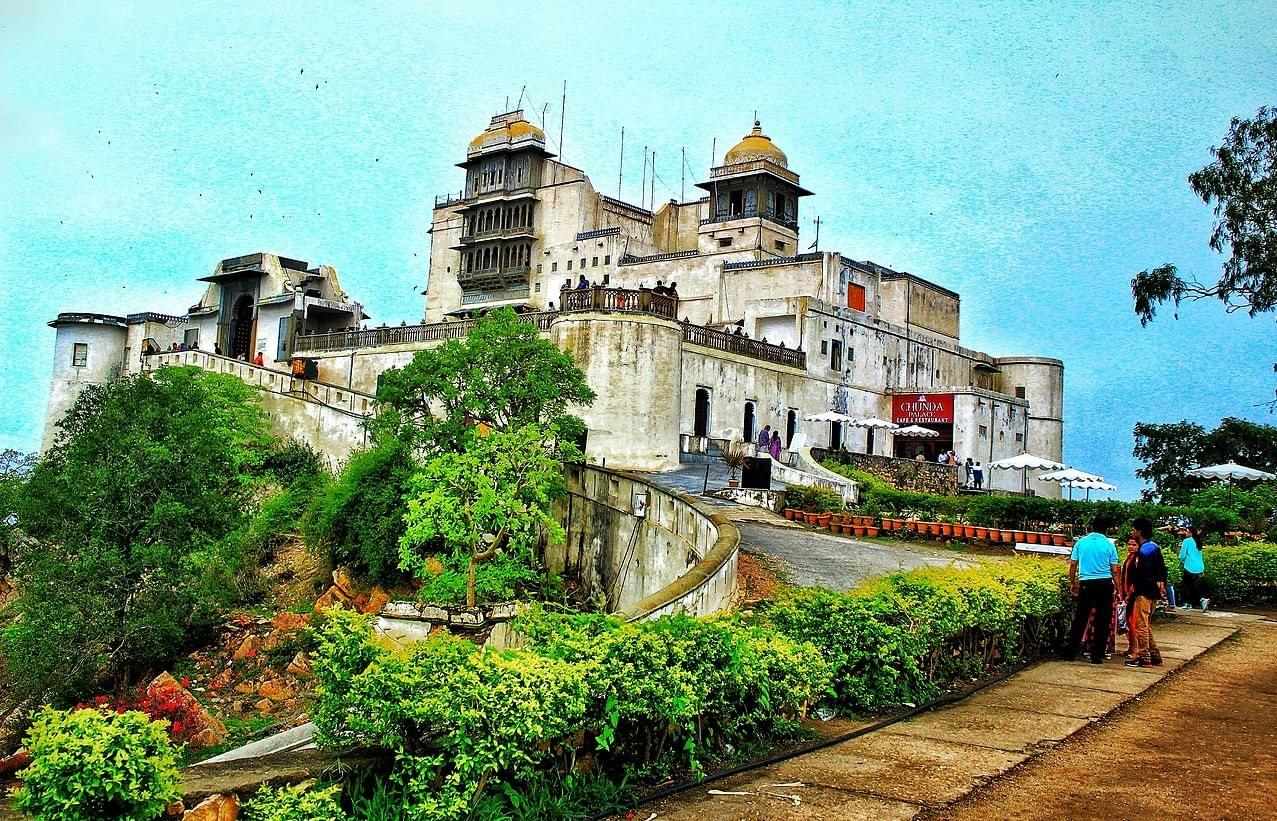 A-Remarkable-Tour-Package-of-Blue-City-&-City-of-Lakes---Udaipur-&-Jodhpur-JustWravel-1597390828-3.jpg