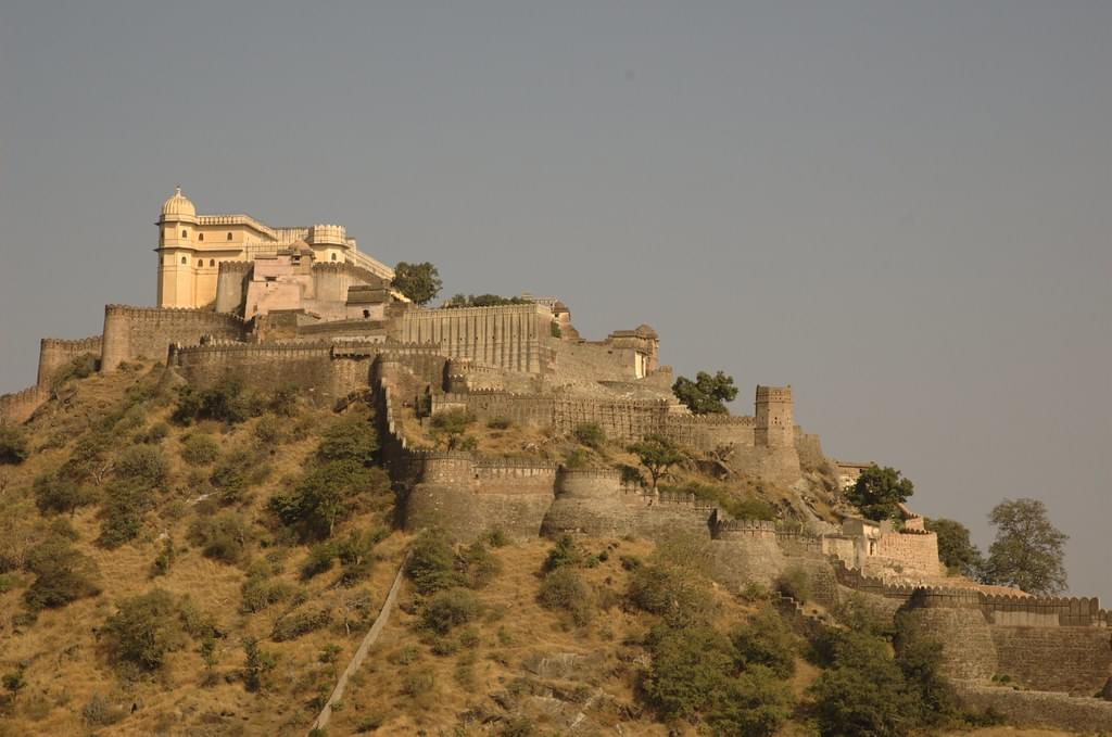Admirable-Kumbhalgarh-and-Udaipur-Tour-Package-JustWravel-1597390712-2.jpg