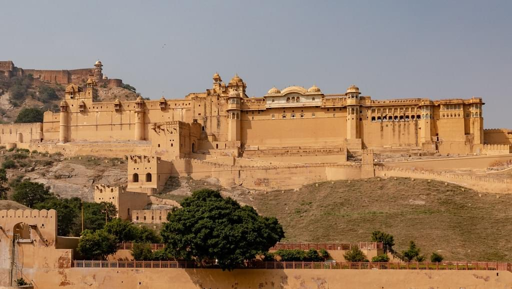 Admirable-Rajasthan-Fort-&-Palaces-Tour-Packages-JustWravel-1597391377-1.jpg