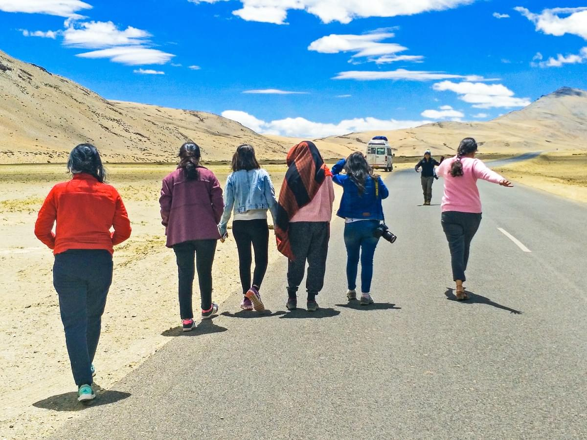 All-Girls-Trip-To-Leh-Ladakh-JustWravel-1597383871-6.jpg