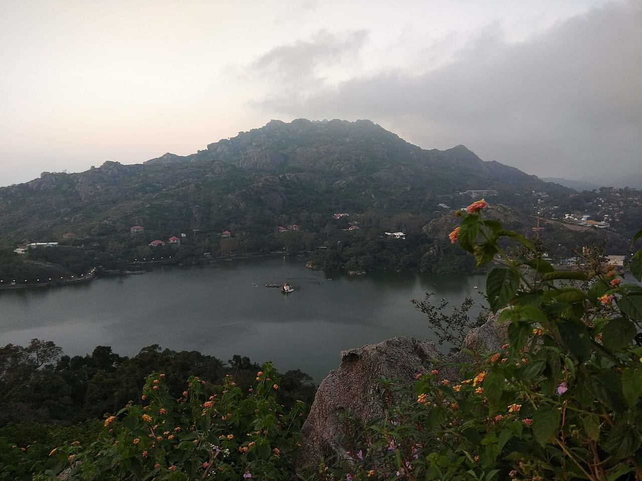 Blissful-Mount-Abu-Tour-Package-with-Udaipur-&-Jodhpur-JustWravel-1597391067-4.jpg