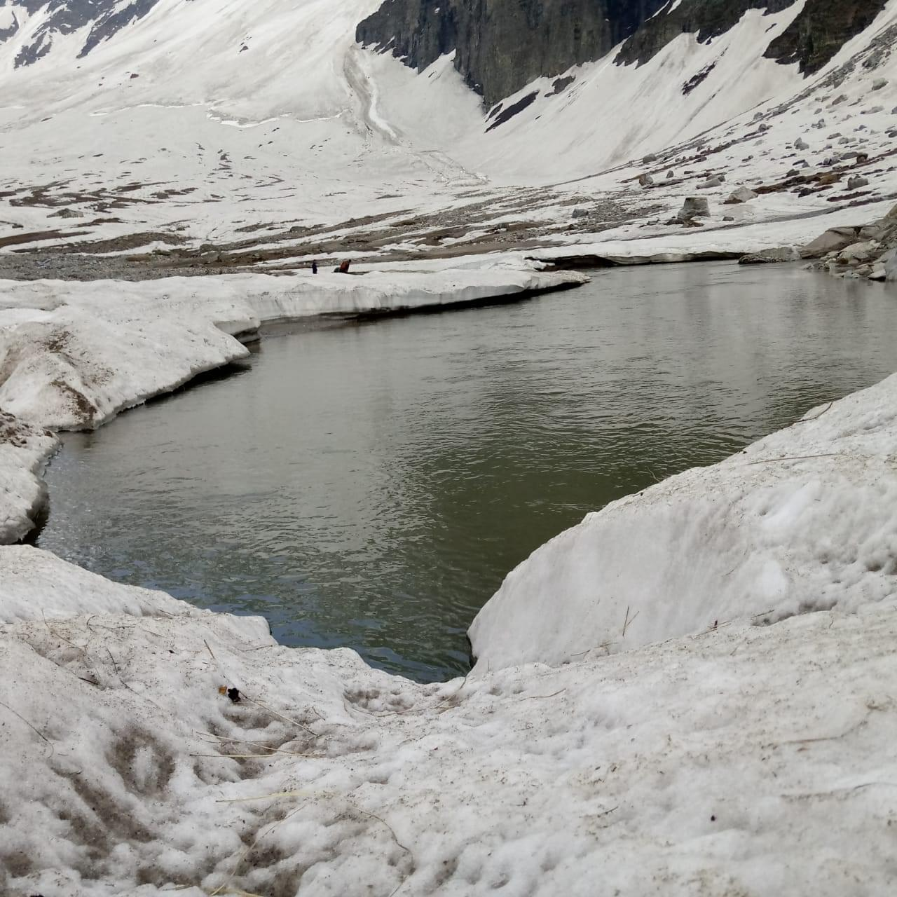 Chandranahan_Lake_Trek_Winter_Snow_Trek_-_JustWravel_(3)-2-JustWravel.jpg