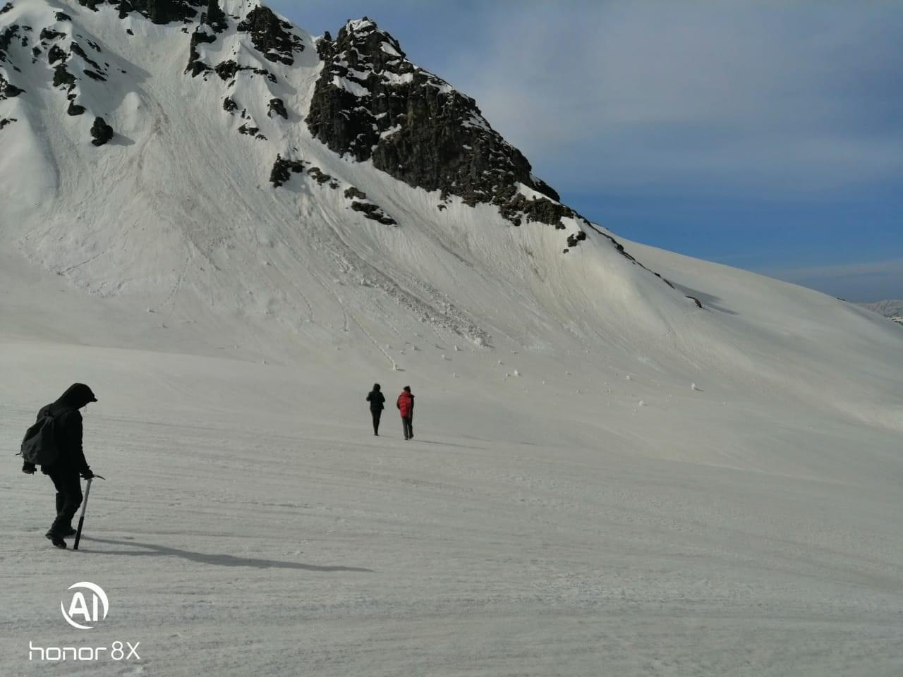 Chandranahan_Lake_Trek_Winter_Snow_Trek_-_JustWravel_(4)-0-JustWravel.jpg