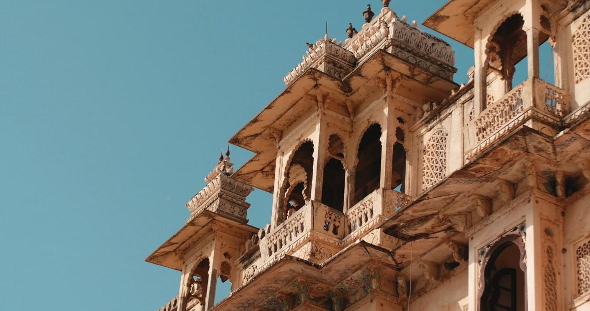 Excuisiting-Ranakapur-and-Kumbhalgarh-fort-with-Udaipur-Tour-Package-JustWravel-1597390878-2.jpg