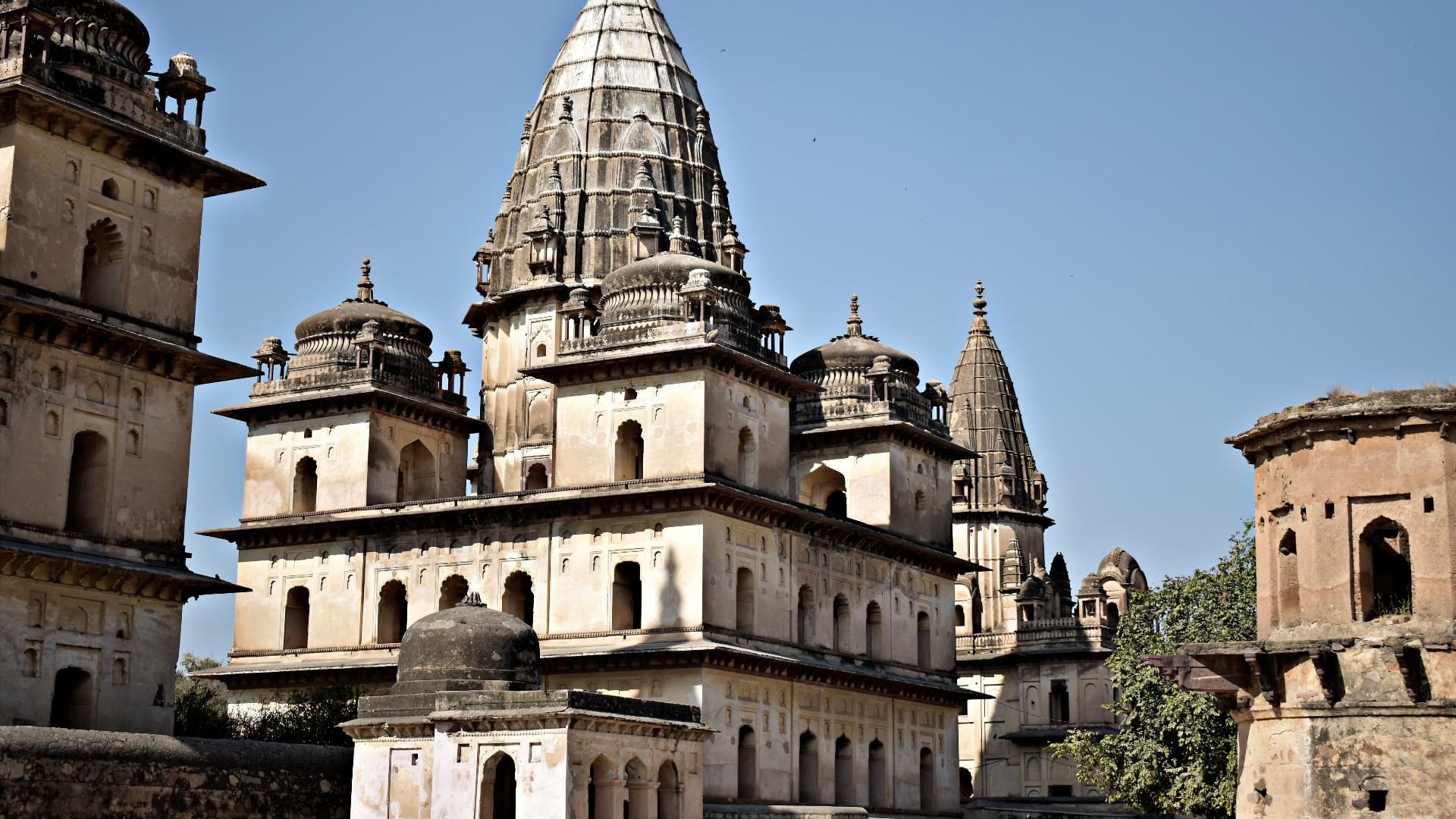 Golden-Triangle-Tour-Package-with-Orchha-and-Khajuraho-JustWravel-1597394809-4.jpg